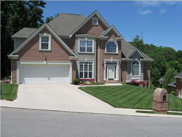9437 Weather View Dr, Chattanooga, TN 37421