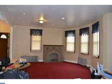 18 Cloverdale Ave, Upper Darby, PA 19082