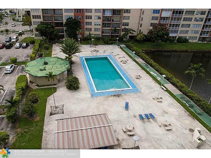 1780 Ne 191st St # 804-2, North Miami Beach, FL 33179