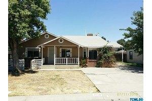 4120 W Hurley Ave, Visalia, CA 93291