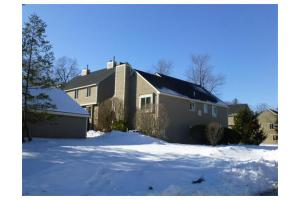 52 Brickett Hill Cir, Haverhill, MA 01830