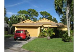 6081 Brandon St, Palm Beach Gardens, FL 33418