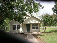 809 19th St, Hempstead, TX 77445