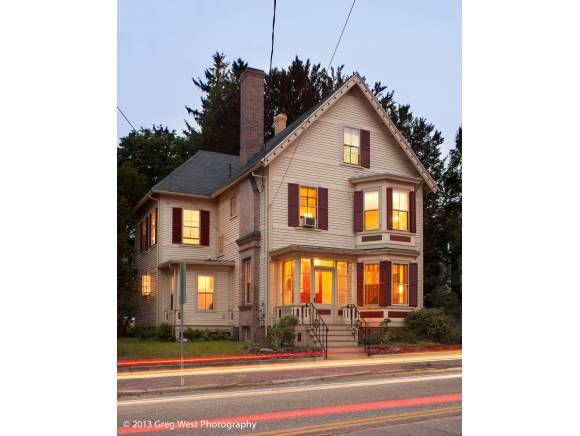 38 Silver St, Dover, NH