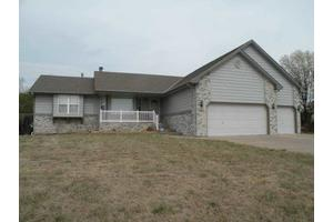5258 N Newton Cir, Park City, KS 67219