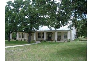 1660 County Road 3791, Paradise, TX 76073