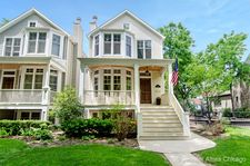 4242 N Hermitage Ave, Chicago, IL 60613