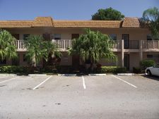 31 Abbey Ln Apt 105, Delray Beach, FL 33446