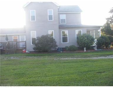 525 Ballahack Rd, Chesapeake, VA