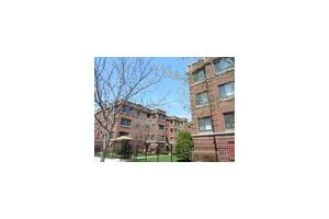 922 W Sunnyside Ave Apt 3A, Chicago, IL 60640