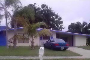 2605 S 15th St, Fort Pierce, FL 34982