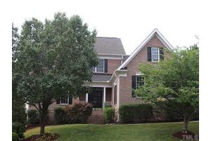 9109 Club Hill Dr, Raleigh, NC 27617
