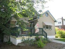 135 Roseto Ave, Roseto, PA 18013