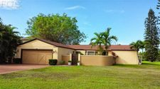 7228 Swan Lake Dr, Fort Myers, FL 33919
