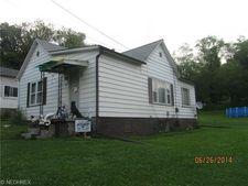 56 Madison Ave, Salineville, OH 43945