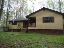 1957 Brushy Rd, Centerville, TN 37033