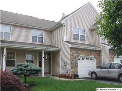 209 Moses Milch Dr, Howell, NJ