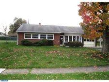 4452 Buckfield Ter, Feasterville Trevose, PA 19053