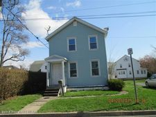22 Chester St, Kingston, PA 18704