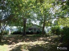 3554 Pineville School Rd, Bennettsville, SC 29512