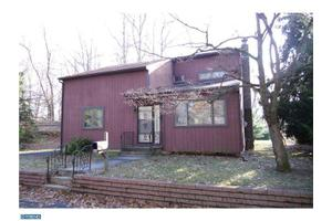 548 Wallace Ave, Roebling, NJ 08554