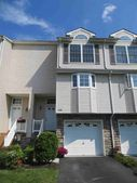 1006 Pondview Loop, Wappingers Falls, NY 12590