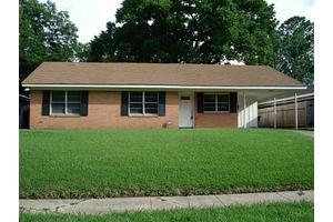 3857 Greenway Pl, Shreveport, LA 71105