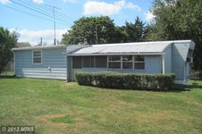 104 S Mineral St, Ranson, WV 25438