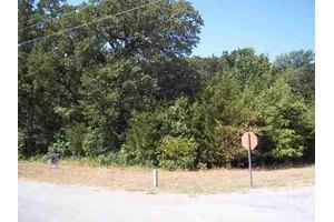 1352 Oak Ridge Dr, Kingston, OK 73439