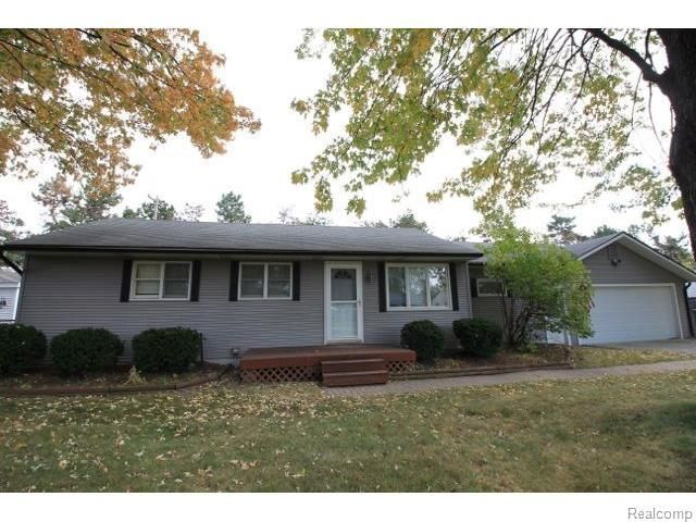 46728 Waco St, Shelby Township, MI 48317  Home For Sale and Real Estate Listing  realtor.com®