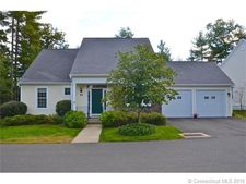 8 Ashton Cir, Simsbury, CT 06070