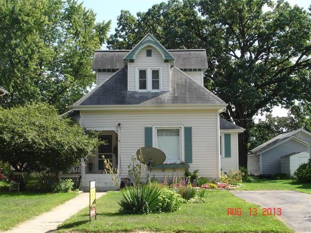 157 Gay St, Manchester, IA