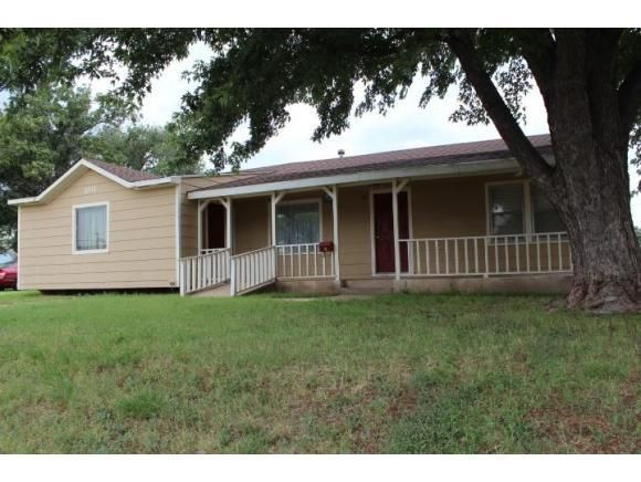 1011 W A Ave Elk City OK 73644 Home For Sale And Real Estate Listing Re