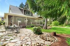 727 Tiffany Mdws Ne, Bainbridge Island, WA 98110