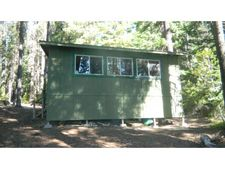 25048 Crescent Lake Rd, Crescent Lake, OR 97733