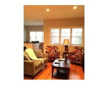 20 Peters St Unit 3, Cambridge, MA 02139