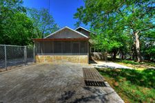 925 Wheless Ave, Kerrville, TX 78028
