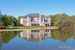 37 Polo Dr, South Barrington, IL