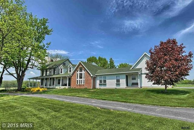 1059 Belmont Rd, Gettysburg, PA 17325