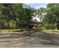 414 Brentwood Dr, Piscataway Twp, NJ 08854