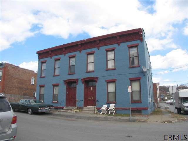 2702-2704 5th Ave Troy, NY 12180