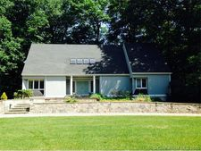 510 Riverside Dr, Cheshire, CT 06410