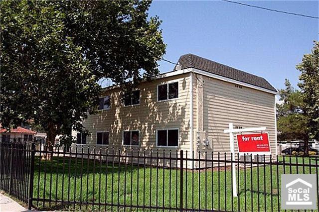 4007 Acre Ln, San Bernardino, CA 92407