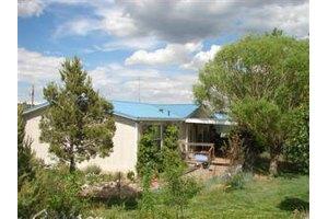 59 Pepper Ct, Tijeras, NM 87059