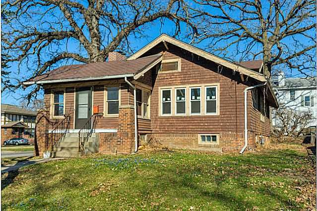1151 39th St, Des Moines, IA 50311  Home For Sale and Real Estate Listing  realtor.com®
