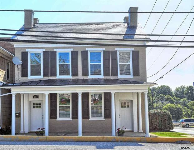 203 n main st jacobus pa 17407 home for sale and real estate listing
