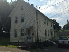 3 Walkers Ct, Ansonia, CT 06401