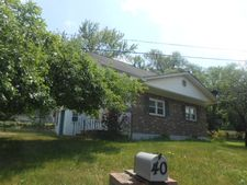 40 Shackletown Rd, Pohatcong Township, NJ 08804