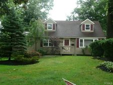 22 Simkin Dr, New City, NY 10956