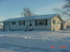 204 James St W, Michigan, ND 58259